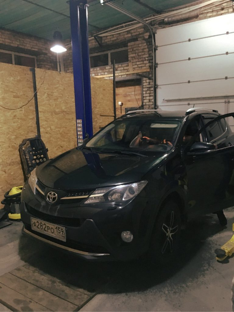 Ремонт карданного вала на Toyota RAV-4