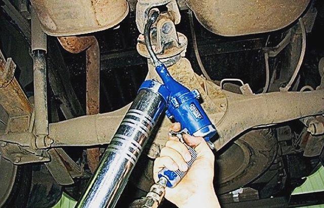 Шприцовка карданного вала